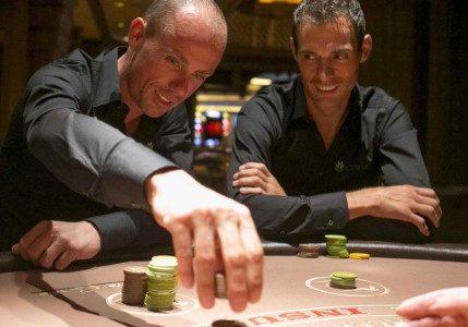 Le cycliste Sven Nys joue au blackjack à Las Vegas