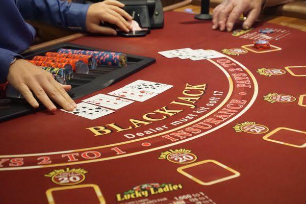 Le vocabulaire du blackjack expliqué (M à W)